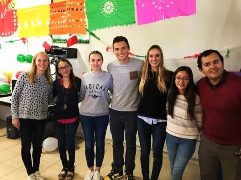 volunteer, Mexico, teaching English, English teacher assistant, volunteering abroad, Mexico, educational, youth exchange, lessons