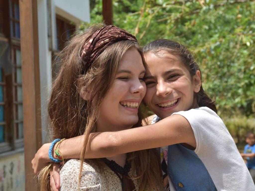 refugees, children, volunteering programs, volunteers, volunteer girl, netherlands, greece, happy caravan