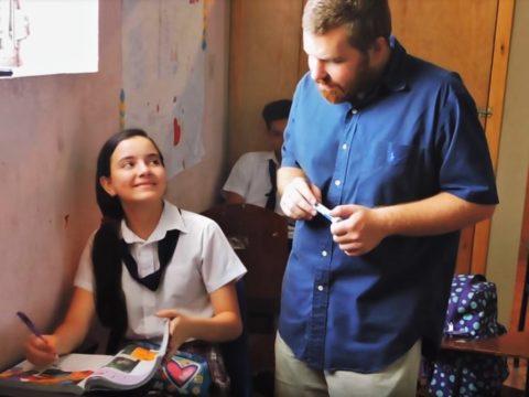 volunteering in Honduras, volunteer in Honduras, teaching English, children, school, hospitality exchange, Honduras