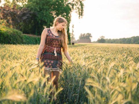 Farming, gardening, agriculture, wwoof, wwoofer girl, grain, blonde