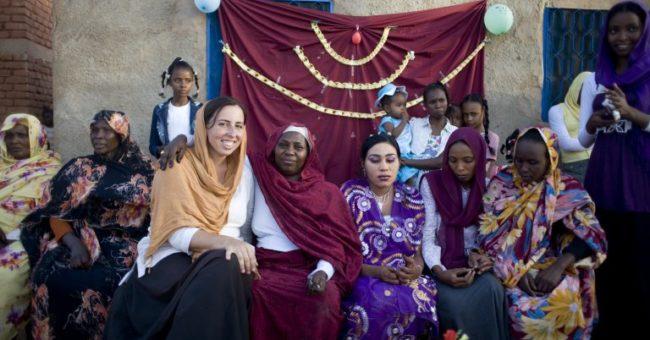 volunteer in Sudan, teaching English as a volunteer