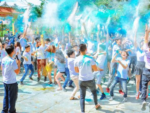 Voluntouring, pexels, festival, events, volunteering