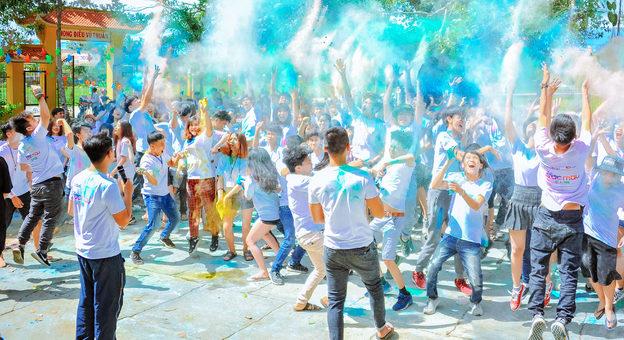Voluntouring, festival, events, volunteering, pixabay, pexels