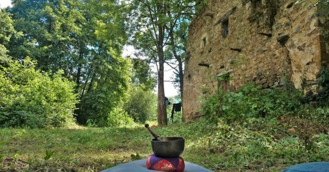 camping, wild, stone house, meditation, reconnection, spirituality, workaway, wwoof, wwoofing