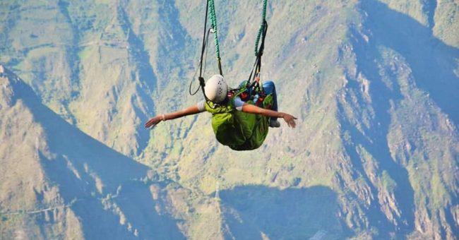 Ecuador, volunteering, volunteer, sky diving, parachuting, volunteer, voluntouring, eco travel, adventures