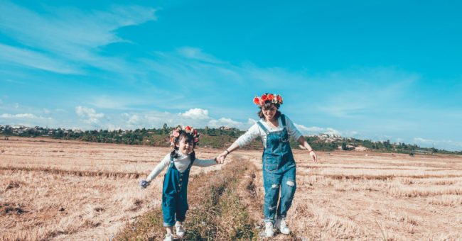 babysitting, pocket money, aupair, au pair, home sitter,