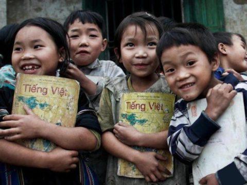 teaching English abroad, Hanoi, Vietnam, vietnamese kids, English teachers, abroad, job opportunity, salary