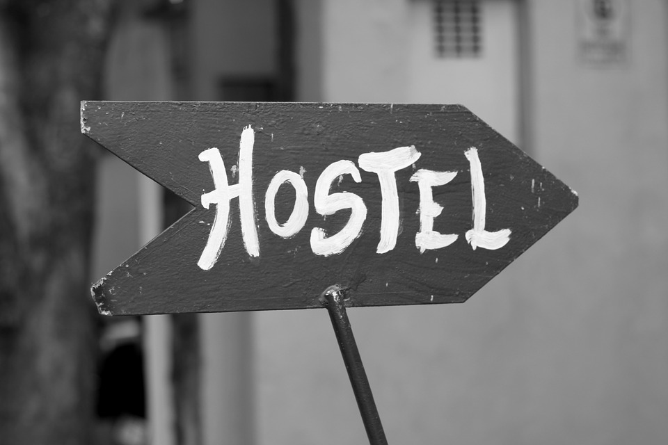 backpackers hostels, Hostel, pexels, free hospitality, workaway, helpx, free accommodation, couchsurfing, volunteer exchange, food and accommodation, px