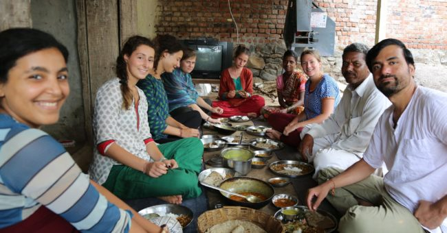 volunteering, volunteer, India, women empowerment, rural, voluntouring, food and accommodation, free exchange, voluntourism, volunteers, meal