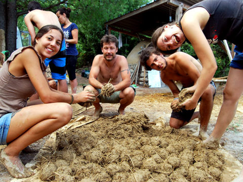 eco-building, esc, European Solidarity corps, natural construction, volunteering, volunteers, voluntouring, Greece, island, community, cob, straw, intentional community, voluntourists