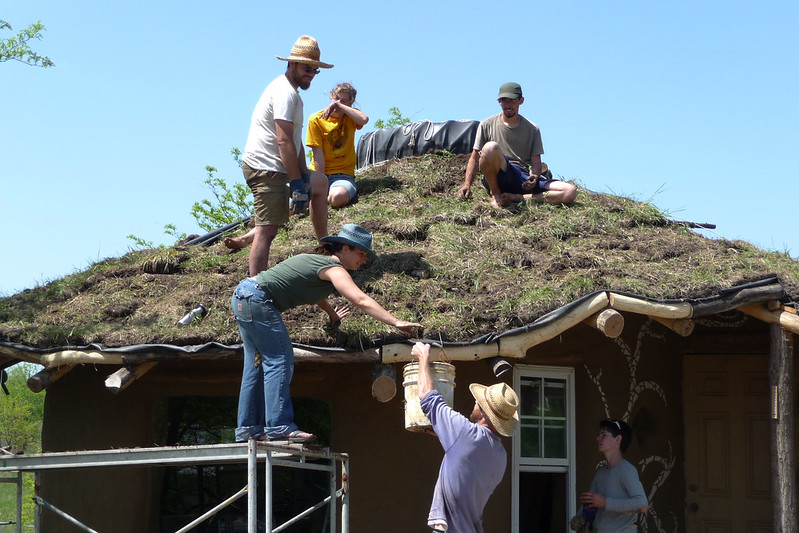 ecovillage, cob, intentional community, permaculture, off grid, greenroof, eco building, voluntouring, voluntourism, px