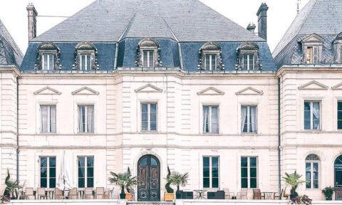 castle, chateau, France, volunteering, volunteer project, France, volunteers, voluntouring, voluntourism