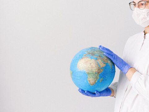 volunteering, volunteer, voluntouring, voluntourism, covid-19, doctors abroad, nurses, medic