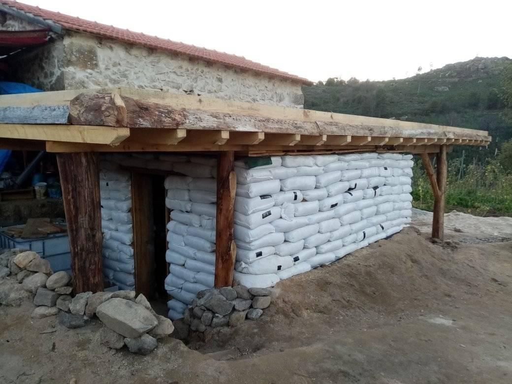 earthbag, dome, eco-building, alternative lifestyles, cob house