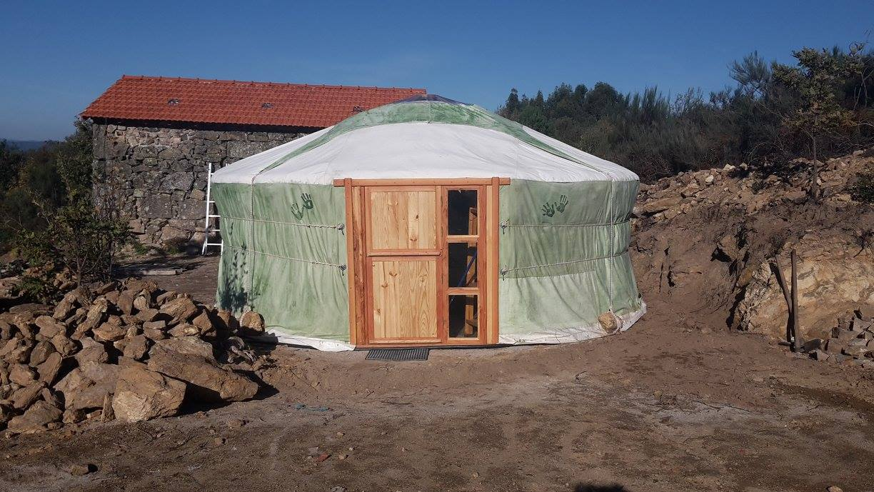 organic farm, yurt, self-sufficiency, permaculture, Portugal, alternative lifestyles, food and accommodation, hospitality